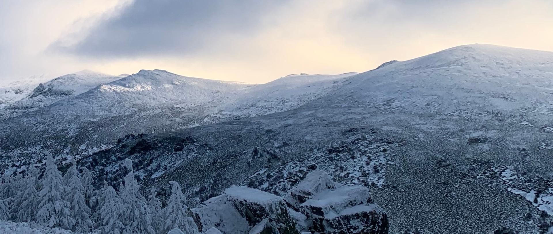 Montaña nieve