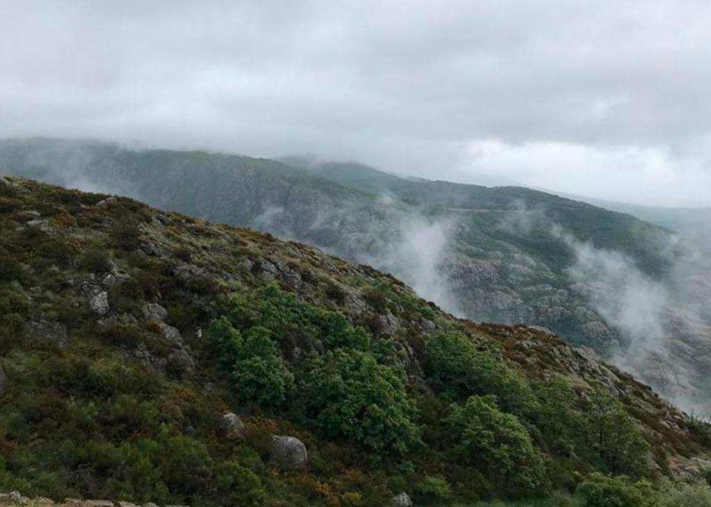 Foto Montañas Otoño
