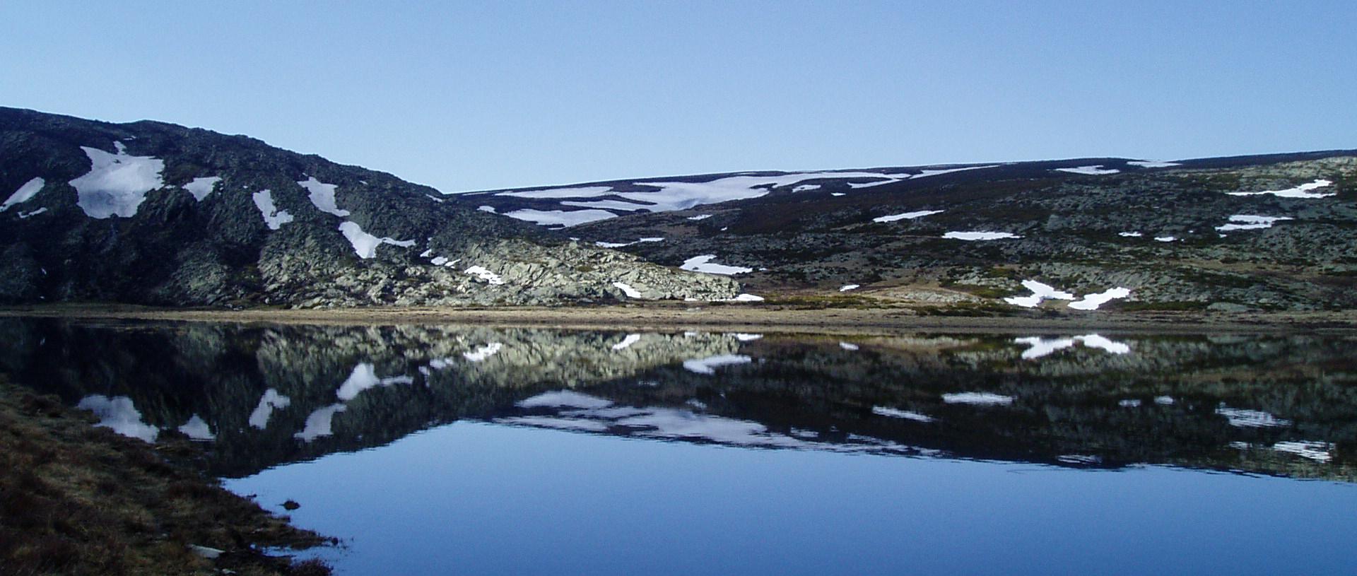 imagen lago nieve